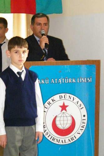 Türk Dünyası Bakü Atatürk Lisesi Azerbaycan Müstakillik Günü Kutlaması 2013